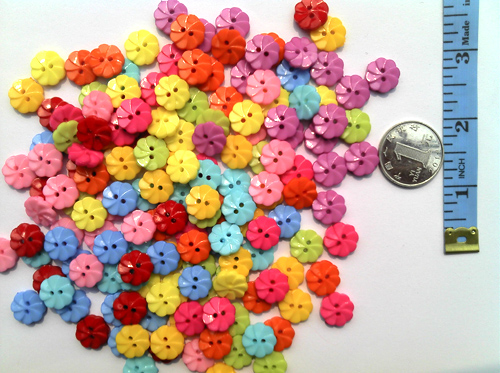 13mm swirl flower plastic resin buttons
