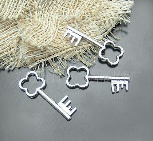 Antique Silver Key metal charms
