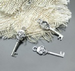 Antique Skullcandy Key charms for decorating